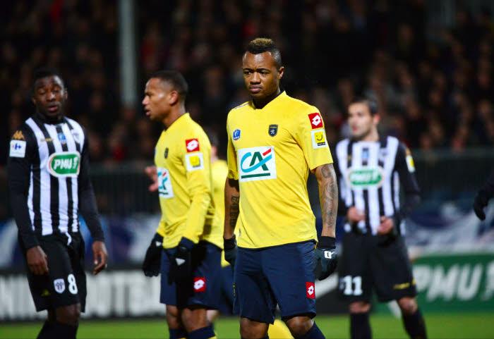 Jordan Ayew's Sochaux must beat PSG to be sure of surviving relegation