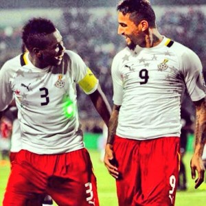 Ghana striker Asamoah Gyan is praying that his former English side Sunderland avoid relegation from the Premier League.