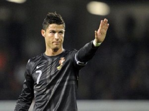 Portugal star Cristiano Ronaldo has recovered from the injury that is threatening to wreck his World Cup campaign by returning to training to give Real Madrid a huge boost ahead of Wednesday's Champions League clash with Bayern Munich.