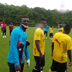2014 World Cup: Ghana goalkeeper Stephen Adams lip injury in camp not serious