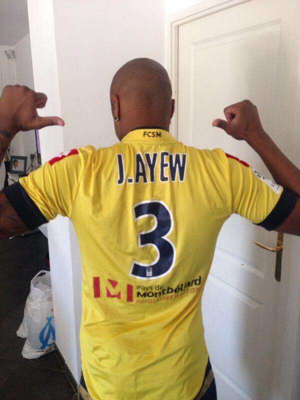 Andre Ayew offers support to his younger borther on the final Ligue 1 days
