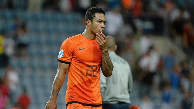 Memphis Depay makes Holland's provisional World Cup squad