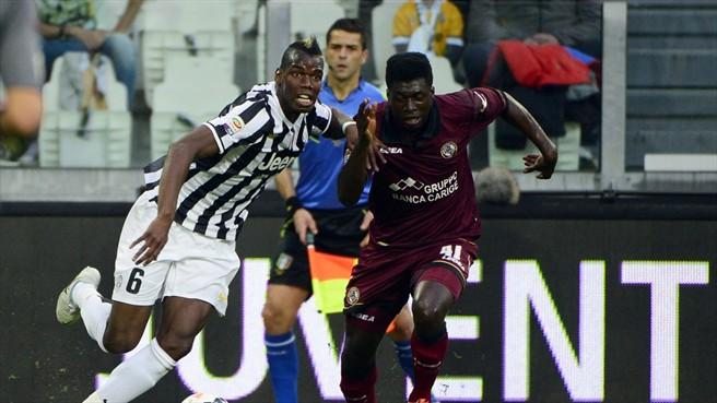 Sampdoria and Chievo Verona want Ghana midfielder Alfred Duncan, right