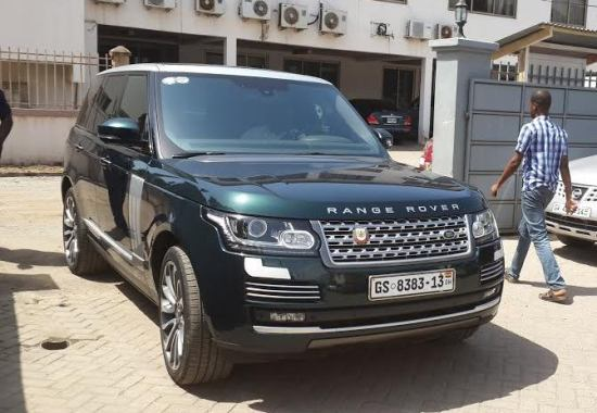 The luxurious automobile of Kwame Ofosu Bamfo (Sikkens)