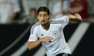 Sami Khedira is wanted by Jose Mourinho, reports claim.