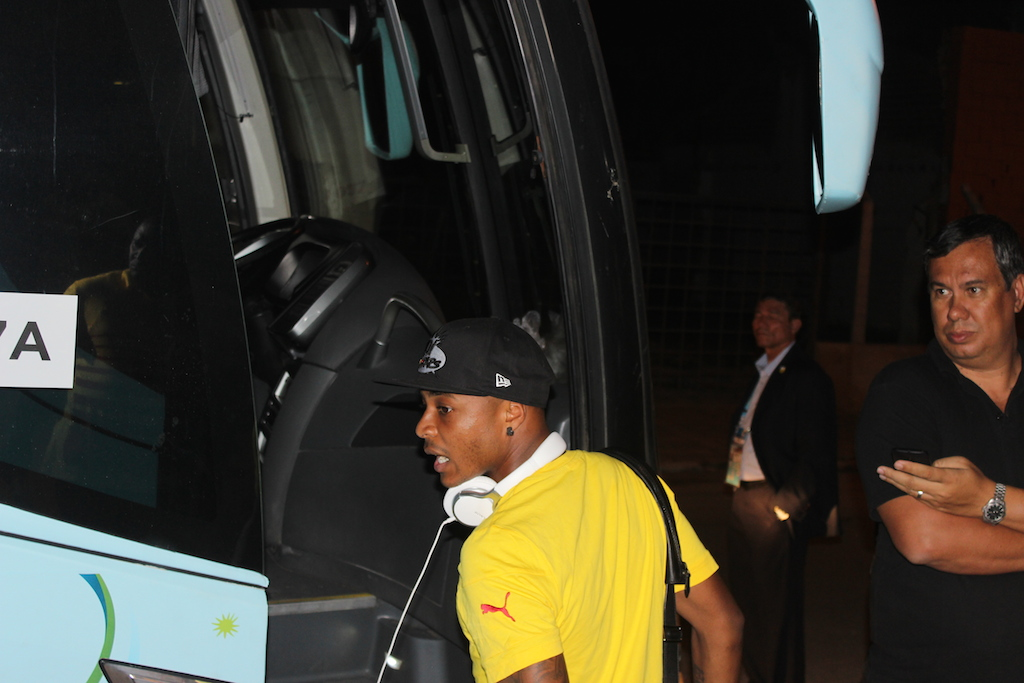 Andre Ayew boarding the team bus on its way to the airport in Maceio