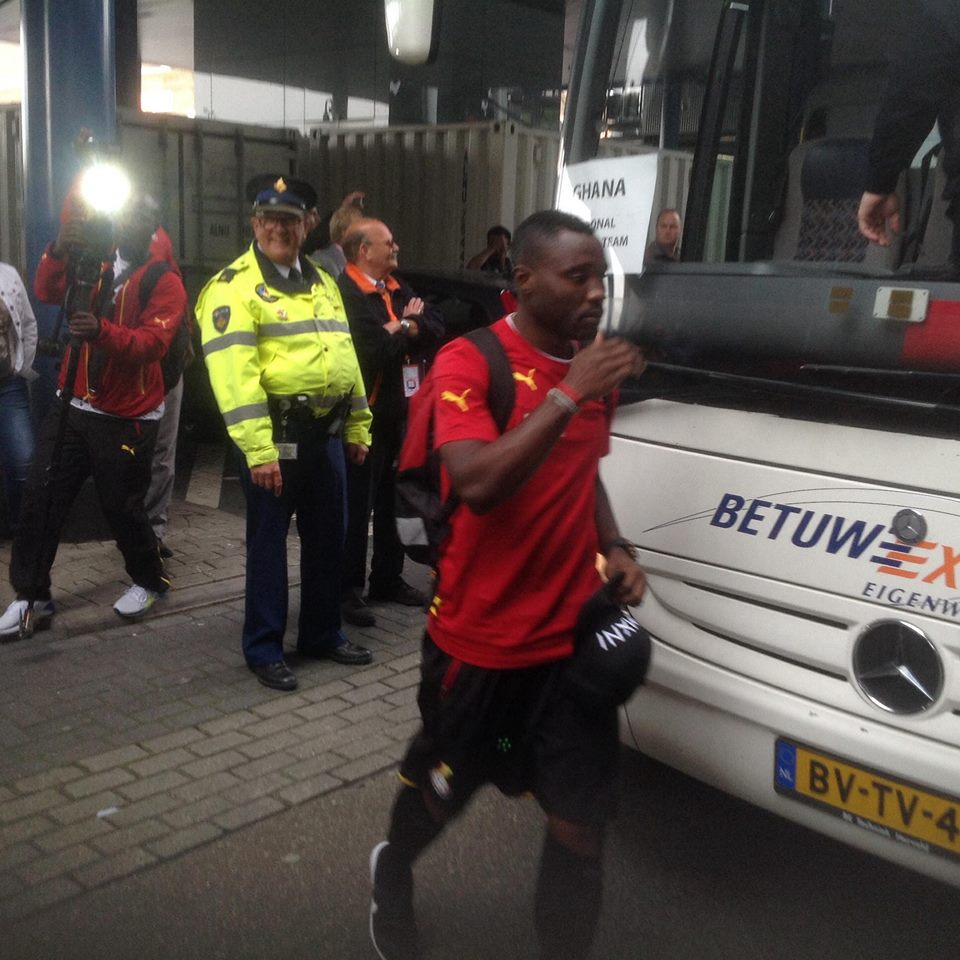 Juventus midfielder Kwadwo Asamoah boarding the team bus