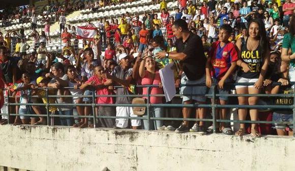 Local fans in Maceio