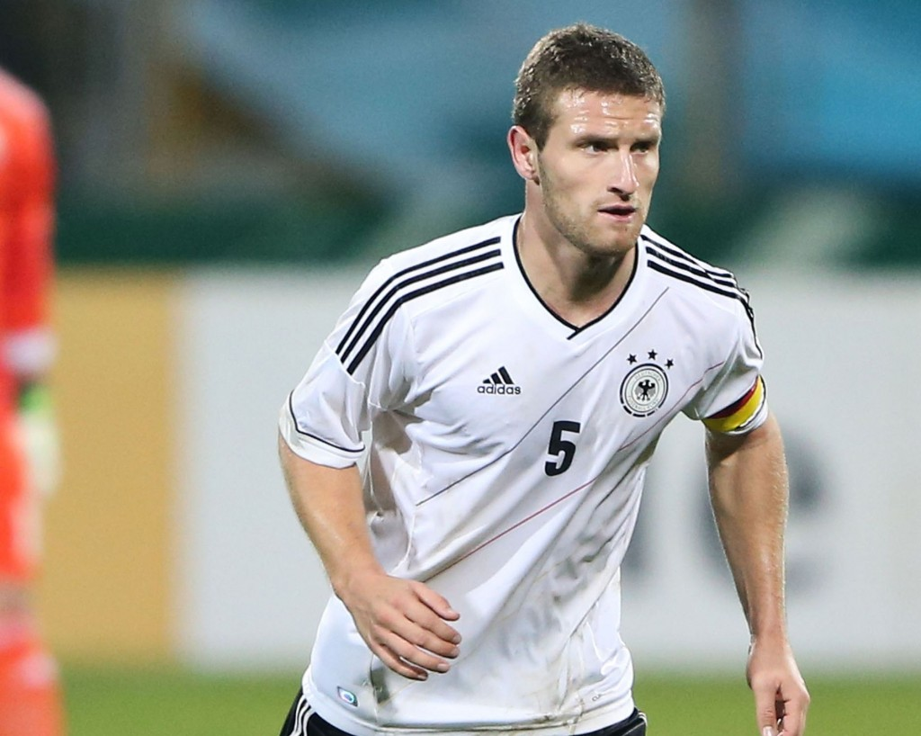 Shkodran Mustafi of Germany runs with the ball during the 2015 UEFA European U21 Championships Qualifying Group Six match between Germany U21 and Faroe Islands U21 at Auestadion on October 15, 2013 in Kassel, Germany.  (Photo by Simon Hofmann/Bongarts/Getty Images)