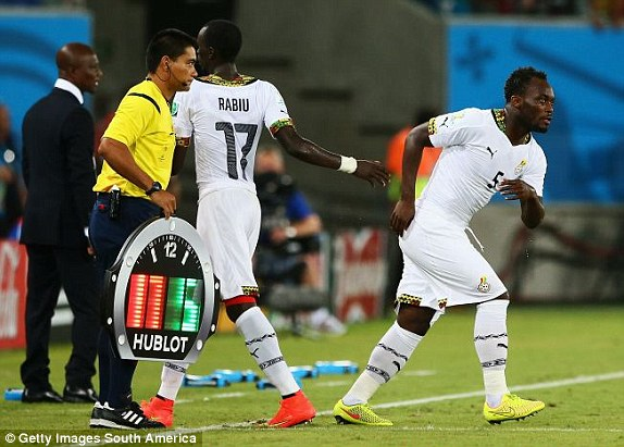Michael Essien coming in for Rabiu Mohammed
