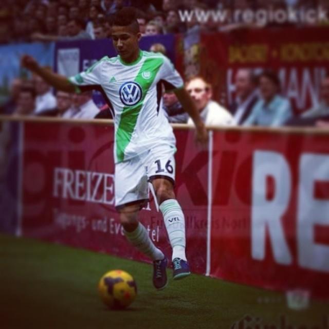 Ghanaian youth defender Daniel Kyereh has left Wolfsburg