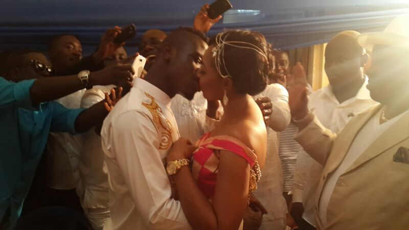 Afriyie Acquah marries girlfriend Amanda.
