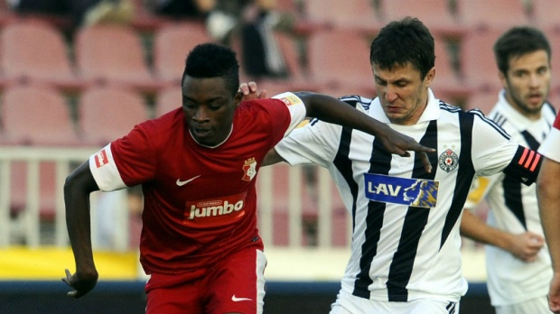 Regan Obeng playing for Red Star Belgrade