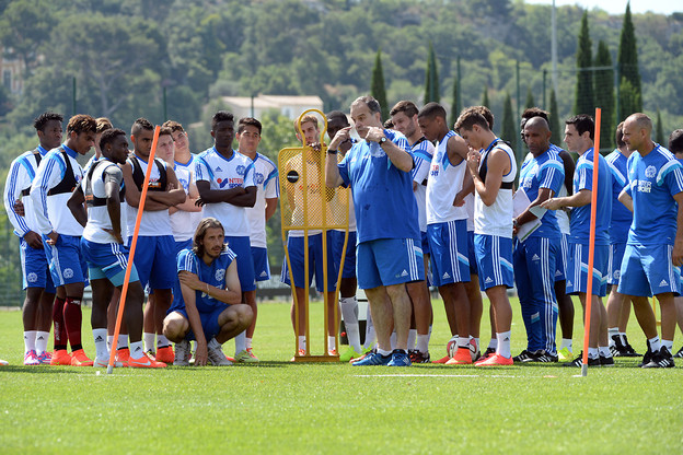 Olympique Marseille have began training without Ayew brothers