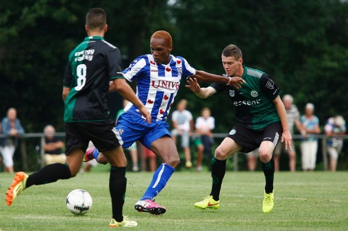 Isaac Osae in action against FC Groningen.