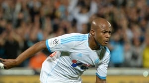 Video: Marseille's Andre Ayew trade kicks in the testicles with Nice's Cvitanich in French league match