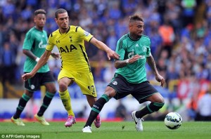 Watch video of Ghanaian midfielder Kevin-Prince Boateng scoring for Schalke in their pre-season friendly against Tottenham on Saturday in London.