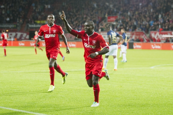 Shadrach Eghan celebrates his strike for FC Twente