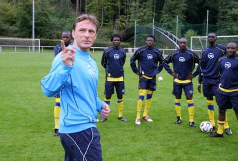 German coach Antoine Hey has experience in coaching African players