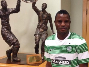 Manager Ronny Deila believes that Mubarak Wakaso will strengthen the Celtic squad with his experience following his arrival at the Scottish side.
