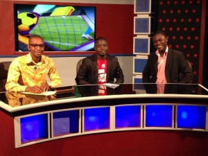 Host Willie Graham (left) with Ghanasoccernet.com duo Patrick Akoto (right) and Akyereko Frimpong-Manso (middle) on the Top 11 show Sunday night