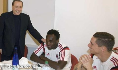 Michael Essien and Fernando Torres spend time with AC Milan owner Silvio Berlusconi