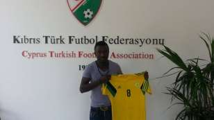 Osei Pele signs for Cyprus club