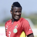 Gyan allays injury fears after spotting heavy strapping on calf in Ghana's training