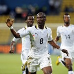 Ghana midfielder Agyemang-Badu allays injury fears after leaving stadium with strapped knee
