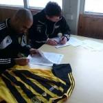 Transfer: Ghanaian striker Patrick Amoah signs for Swedish side Huddinge IF