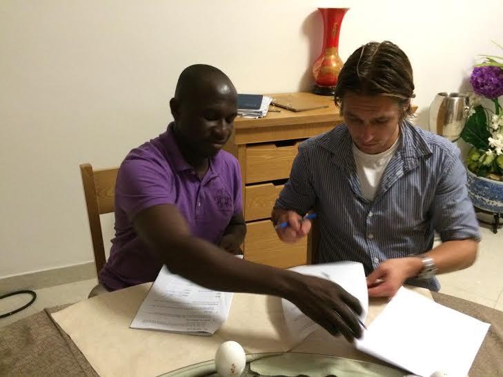 Tom Strand and Medeama president Moses Armah
