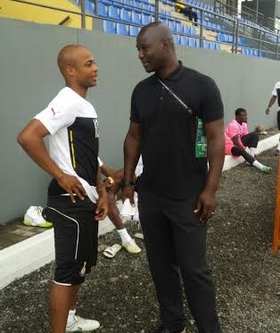Ex Ghana defender Anthony Baffoe visits Black Stars at training ahead of 2015 AFCON final