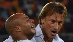 Ivory Coast coach Herve Renard has revealed that the strong bond between him and the Ayew family inspired him to console Andre Ayew during his irrepressible weeping when the Elephants defeated the Black Stars in the final of the Africa Cup of Nations last month.