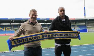 PICTURES: Newly-signed Eintracht Braunschweig defender Ofosu-Ayeh unveiled