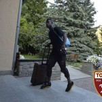 Afriyie-Acquah-with-bag-at-Torino