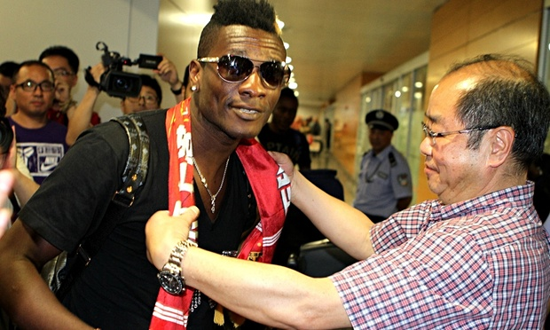 Asamoah Gyan heads for further riches in Shanghai amid another furore