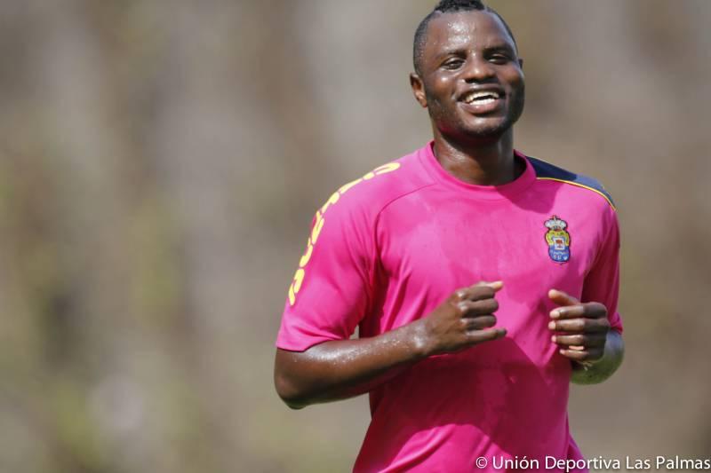 Ghana midfielder Mubarak Wakaso named in Las Palmas squad to play Eibar