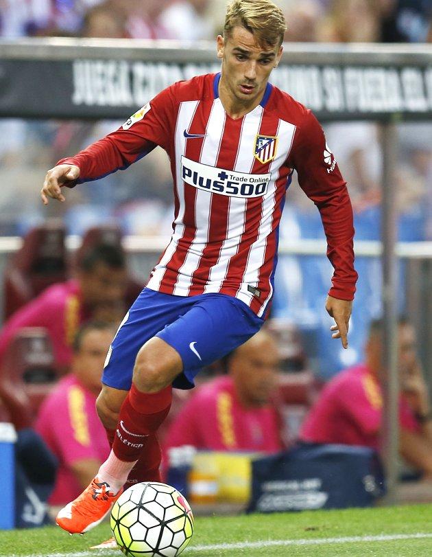 Griezmann brace sees Atletico Madrid reach Champions League knockouts