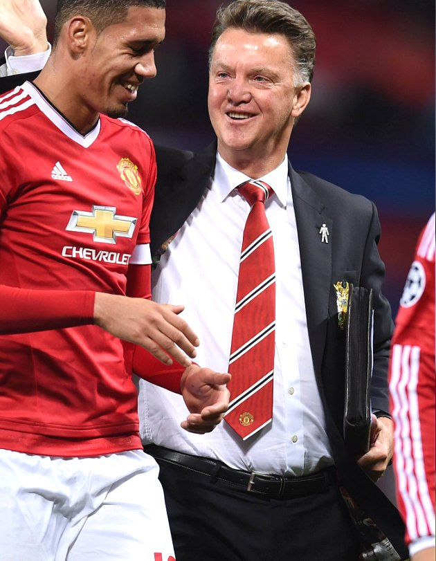 Owen amazed Man Utd are still in with Champions League chance