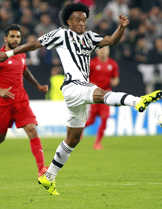 Real Madrid move to trump Juventus for Chelsea wing-back Cuadrado