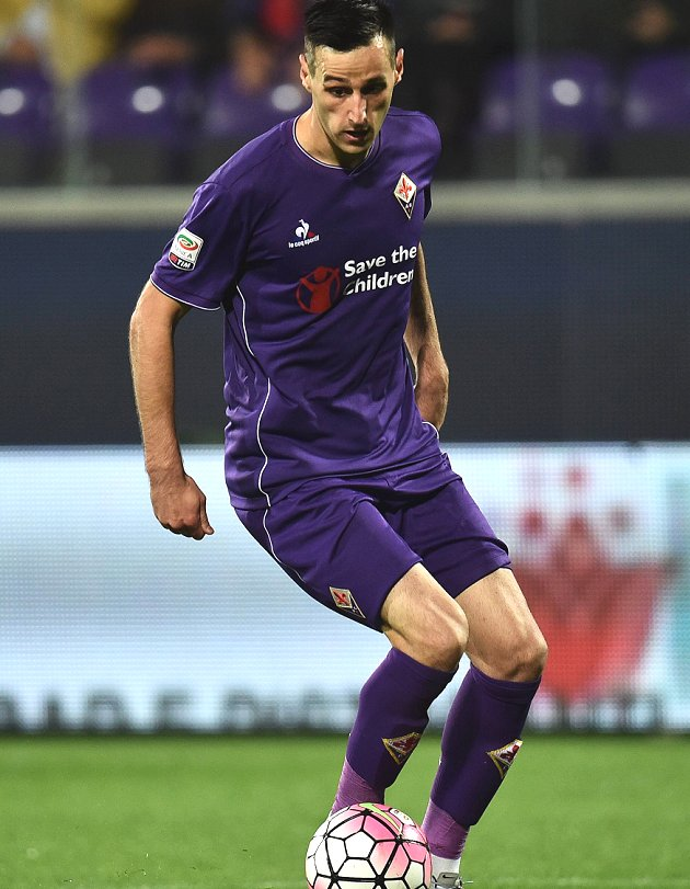 Fiorentina striker Kalinic on Chelsea radar