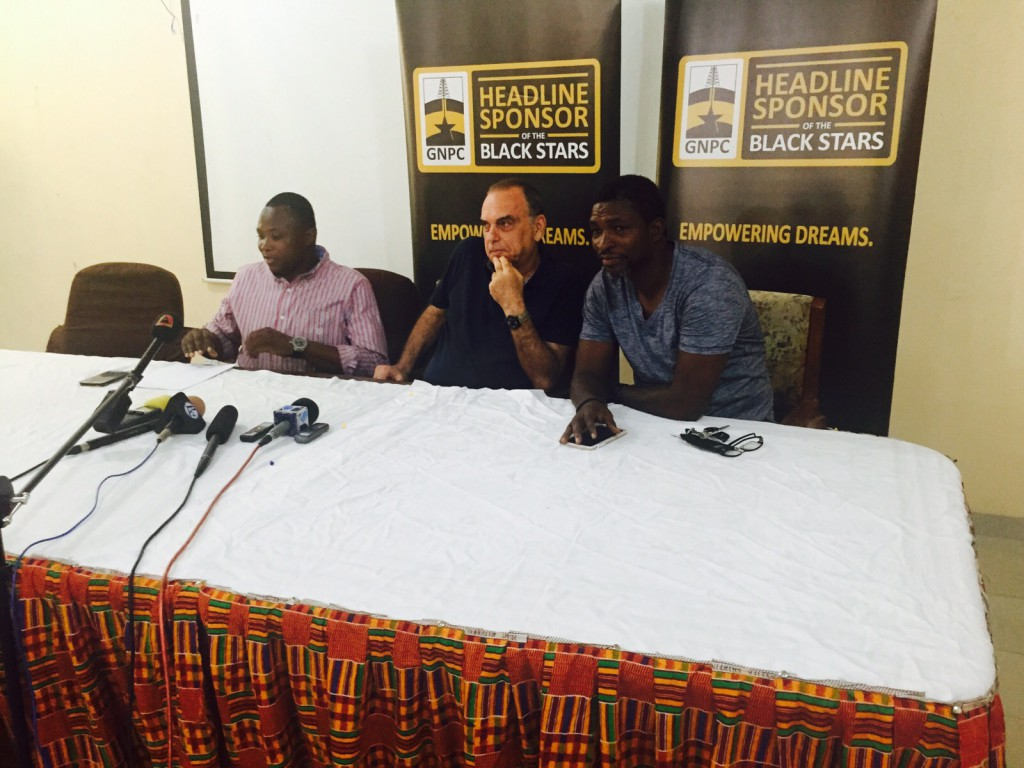 PHOTOS: Avram Grant gets media briefing underway