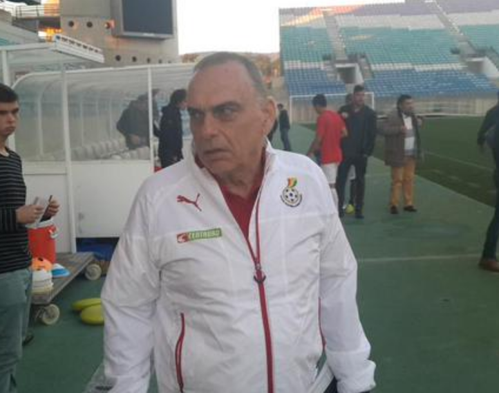Avram Grant gives thumbs up to assistant Maxwell Konadu and rest of backroom staff