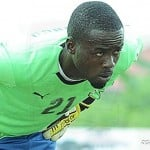 Goalkeeper Joseph Addo donates to cash and drinks to Aduana Stars
