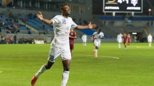 Super Ghanaian striker Patrick Twumasi returns from suspension to score in Champions League group stage debut