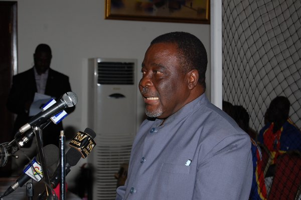 E.M Commodore Mensah set to resign as board member of Hearts of Oak