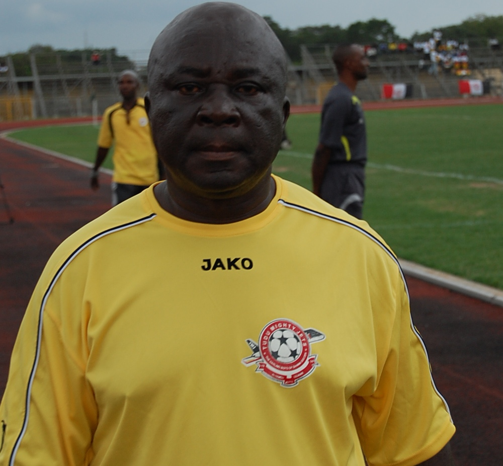 It will be a mistake to sack Avram Grant- veteran coach EK Afranie