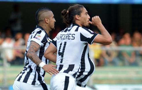 Inter and Roma plan talks for Juventus defender