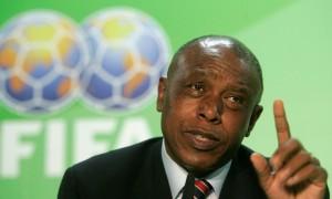 Ghana FA boss Kwesi Nyantakyi mocks FIFA presidential hopeful Tokyo Sexwale as 'inexperienced'