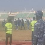 PHOTOS: Bee invasion of stadium delays Sudanese league debuts for Ghanaian duo Ainooson, Ashia